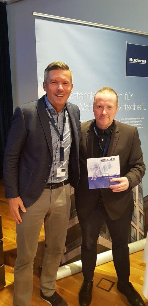 Joey Kelly (rechts) mit Oliver Frey auf Einladung von Buderus beim Fachforum Wohnungswirtschaft in Hannover